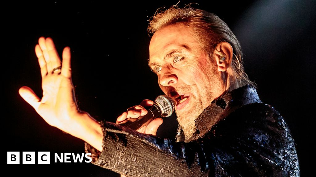 Peter Murphy 'up and running' after heart attack