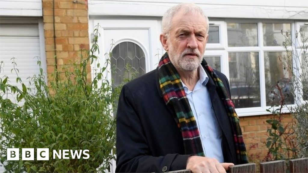 General election 2019: Jeremy Corbyn apologises over heavy Labour defeat