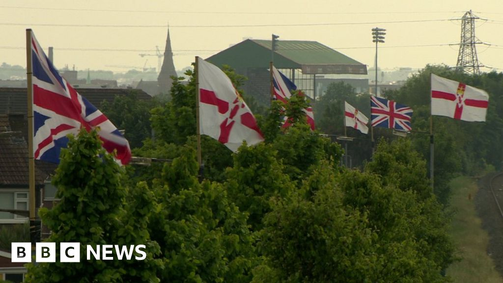 Stormont: Flags physique to submit delayed report inside weeks thumbnail