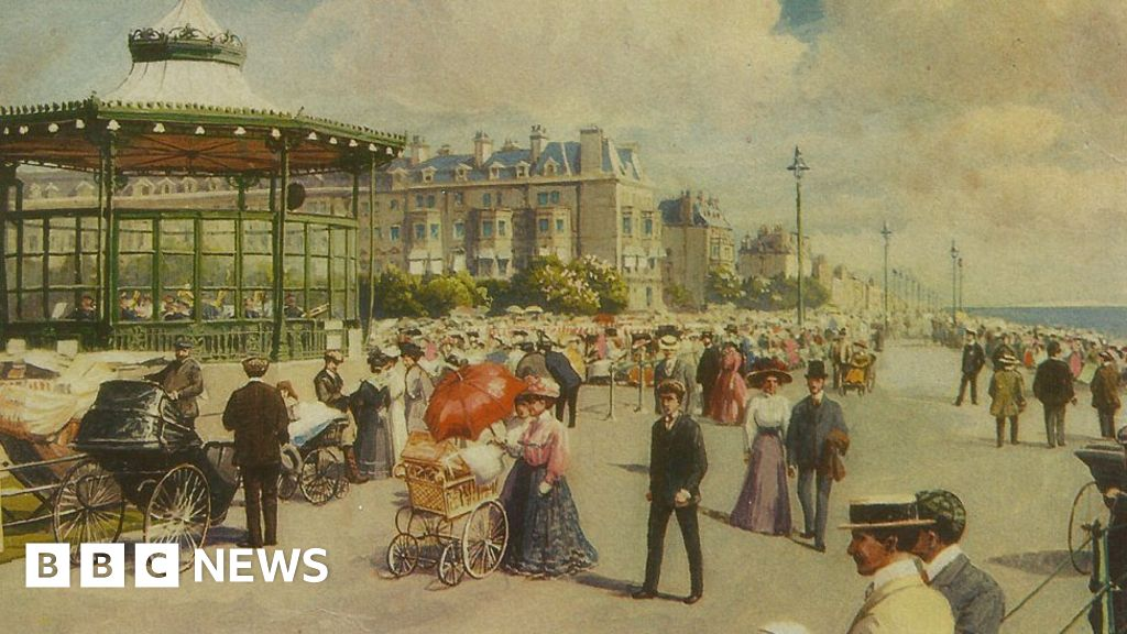 Bandstands: The industry built on Victorian social engineering - BBC News