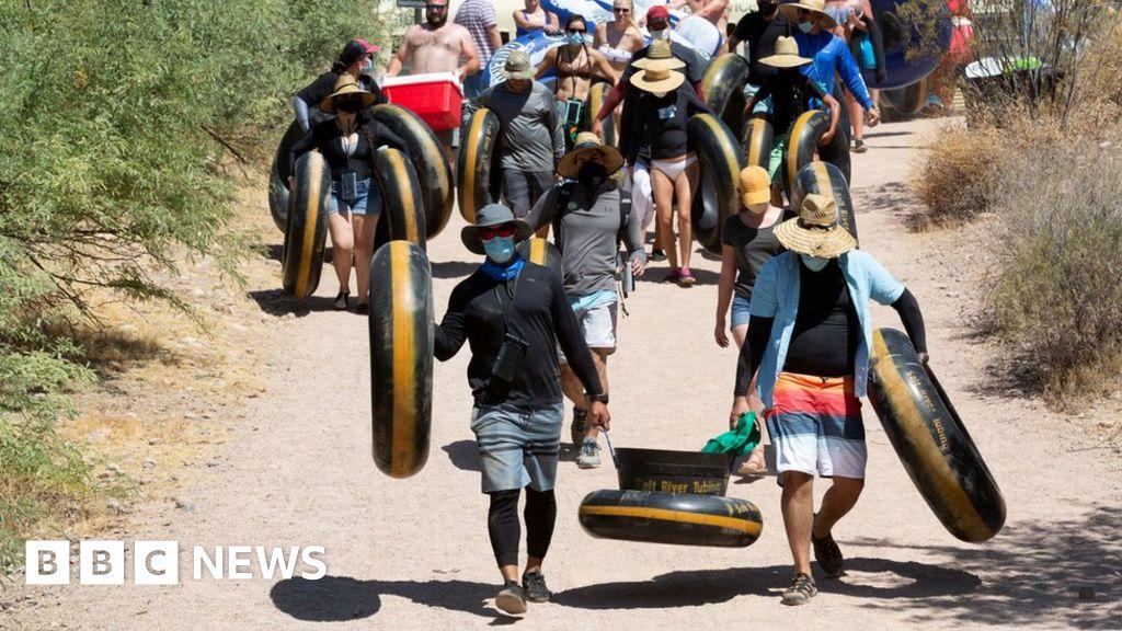 Virus-hit Arizona reverses course on reopening thumbnail