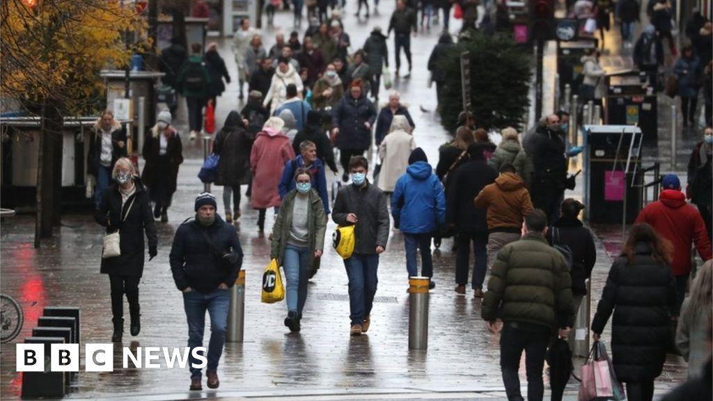 Covid in Scotland: Two million people prepare for strictest Covid rules