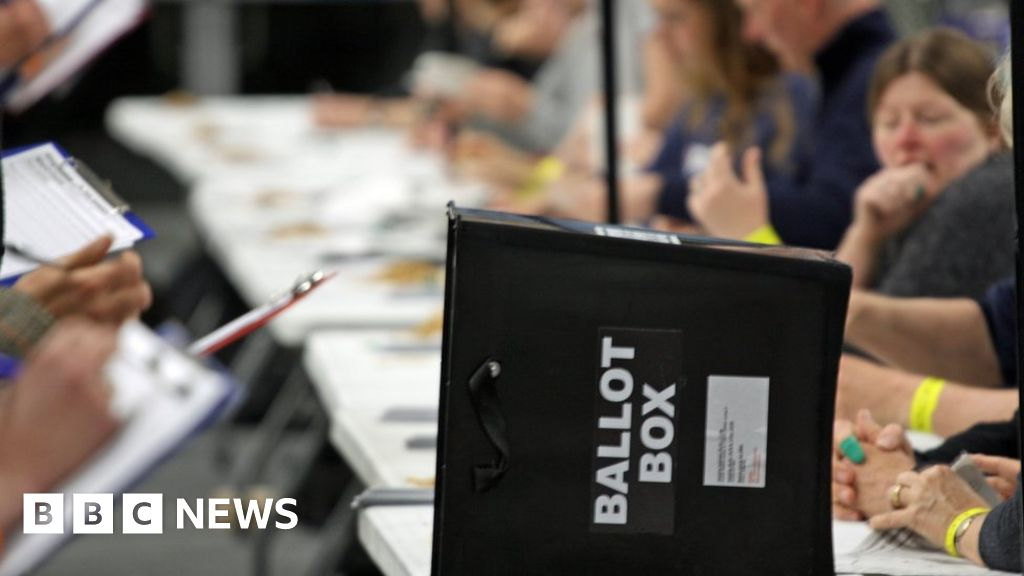 General Election 2019: Pacts and political goodbyes thumbnail
