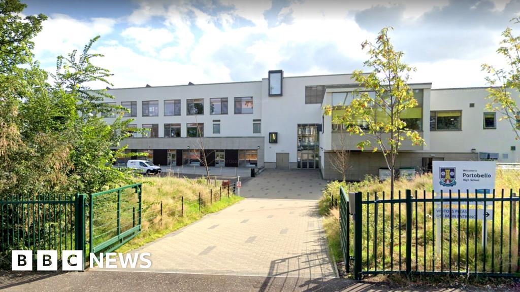 Parents Sent Exam Results For Wrong Edinburgh School Pupils Bbc News