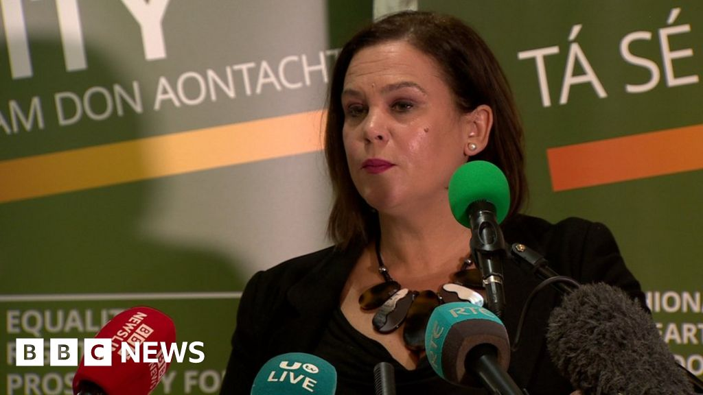 Sinn Féin leader tells dissidents to  pack up and dissolve