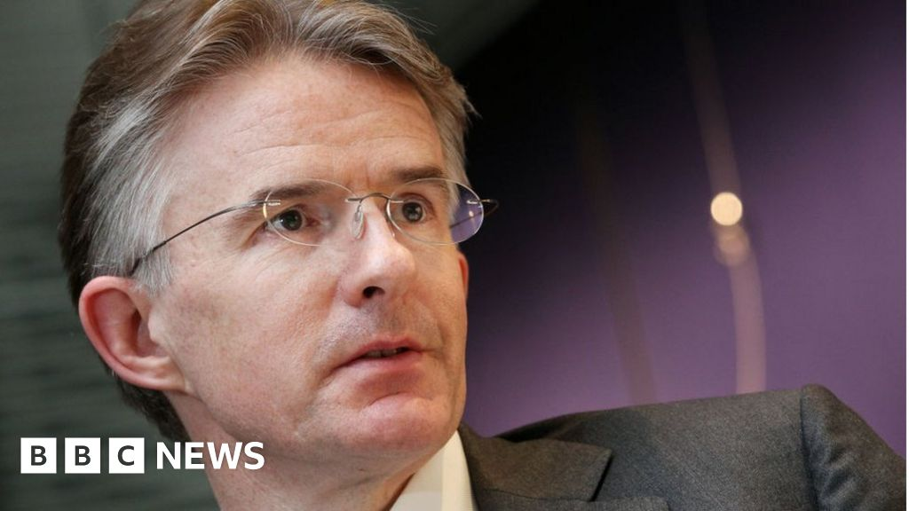HSBC boss out in top level reshuffle thumbnail