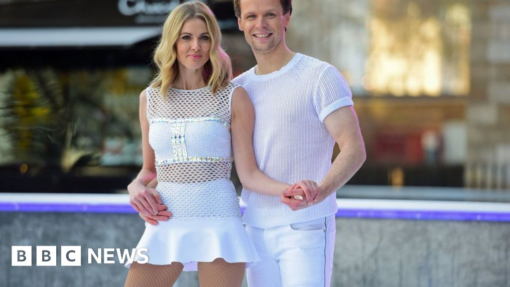 Dancing on Ice: Donna Air appeals over stolen skates