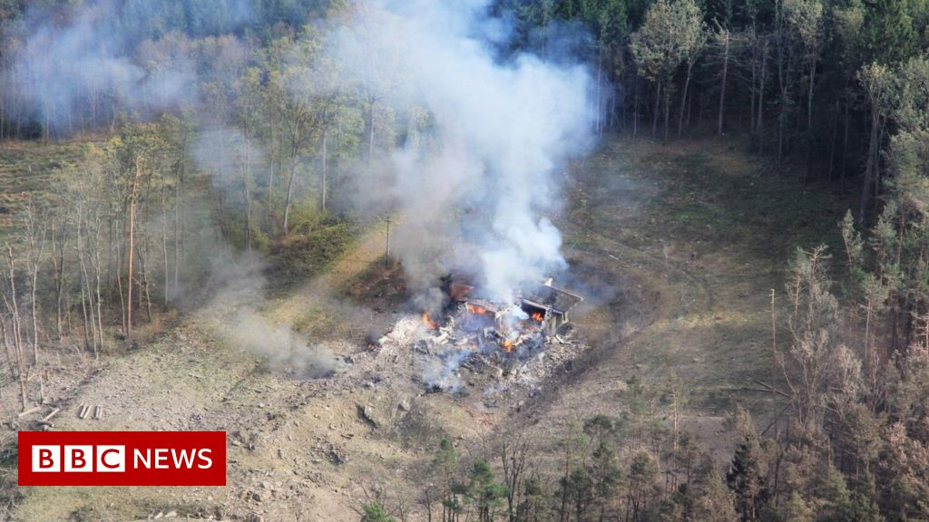 "Suspected Salisbury poisoning ""linked to Czech blast"""