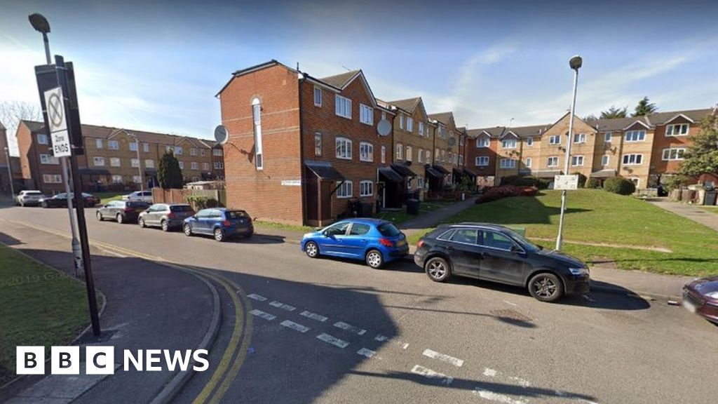 Haringey shooting murder: Man found dead thumbnail