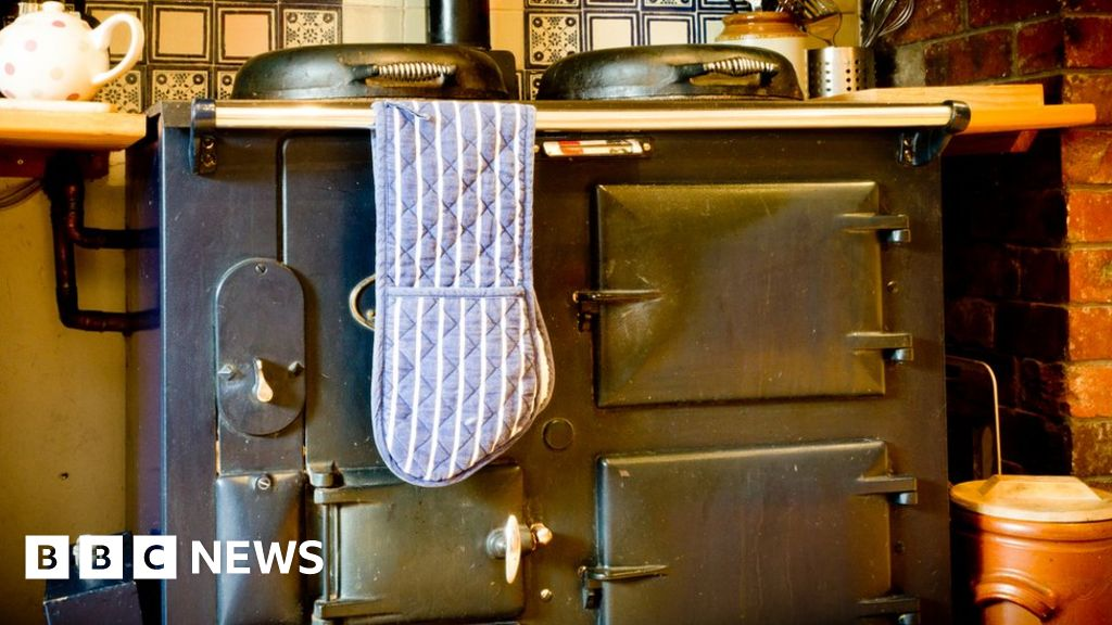 Farmer crushed to death by Aga cooker, inquest hears
