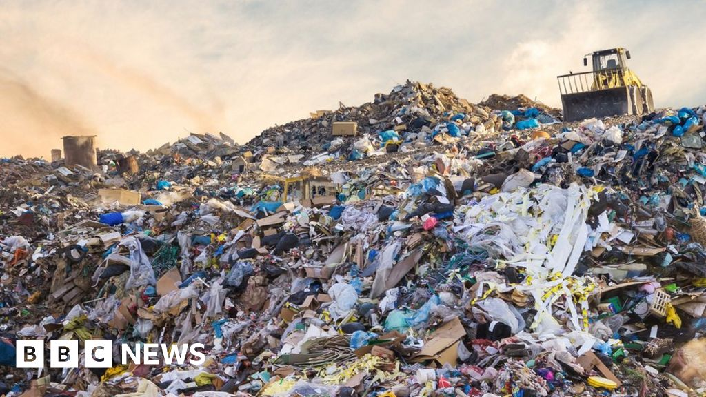 UK using 1.2 billion tonnes of material a year