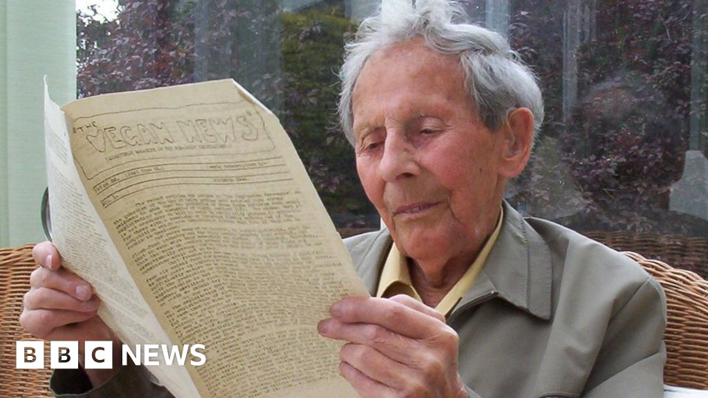 Vegan Society founder Donald Watson honoured with blue