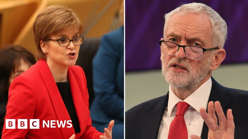 Sturgeon puts more pressure on Labour to table confidence motion