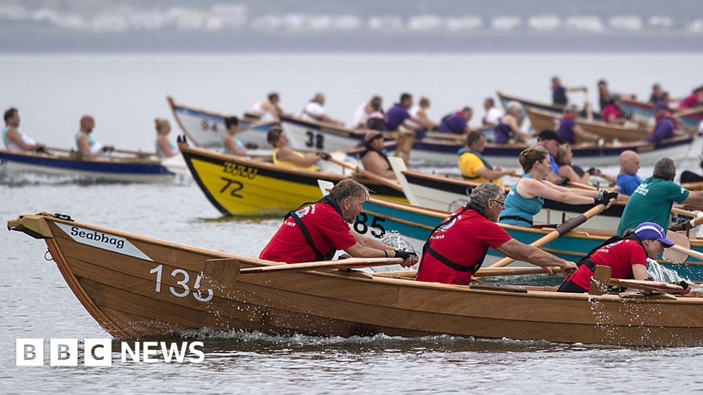 Study examines Stranraer's marine leisure potential - BBC News