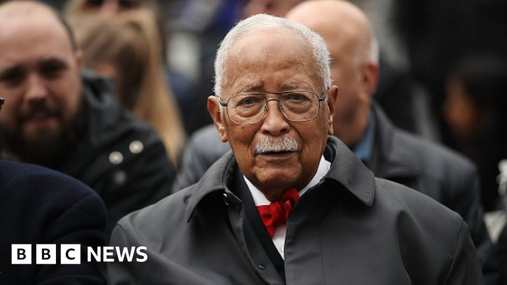 David Dinkins: New York City's first black mayor dies