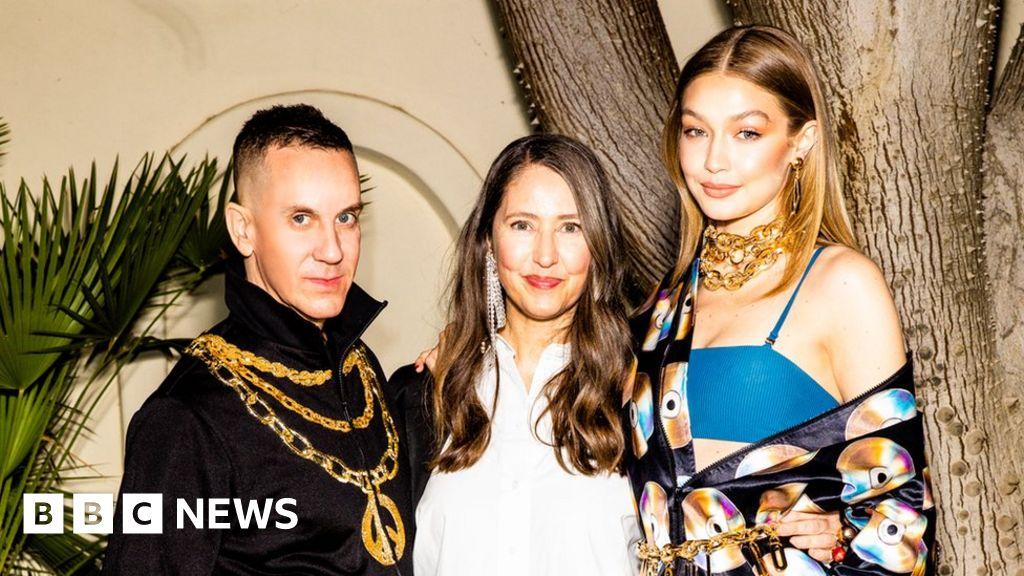 d025a7f315 H&M announces Moschino as next designer collaboration - BBC News