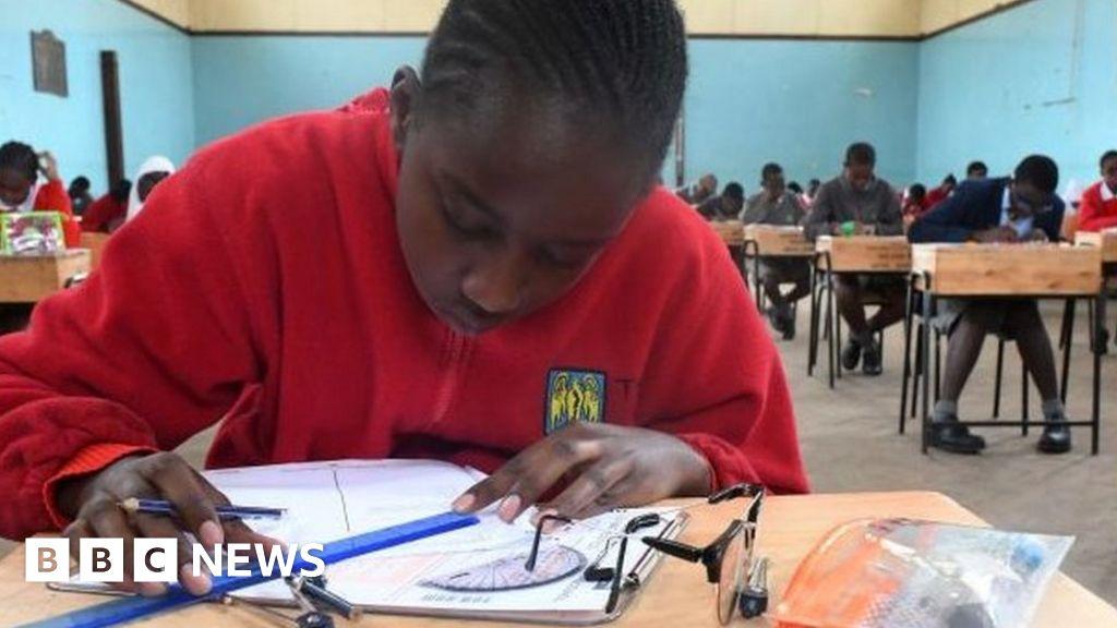 Coronavirus: Kenyan schools to remain closed until 2021