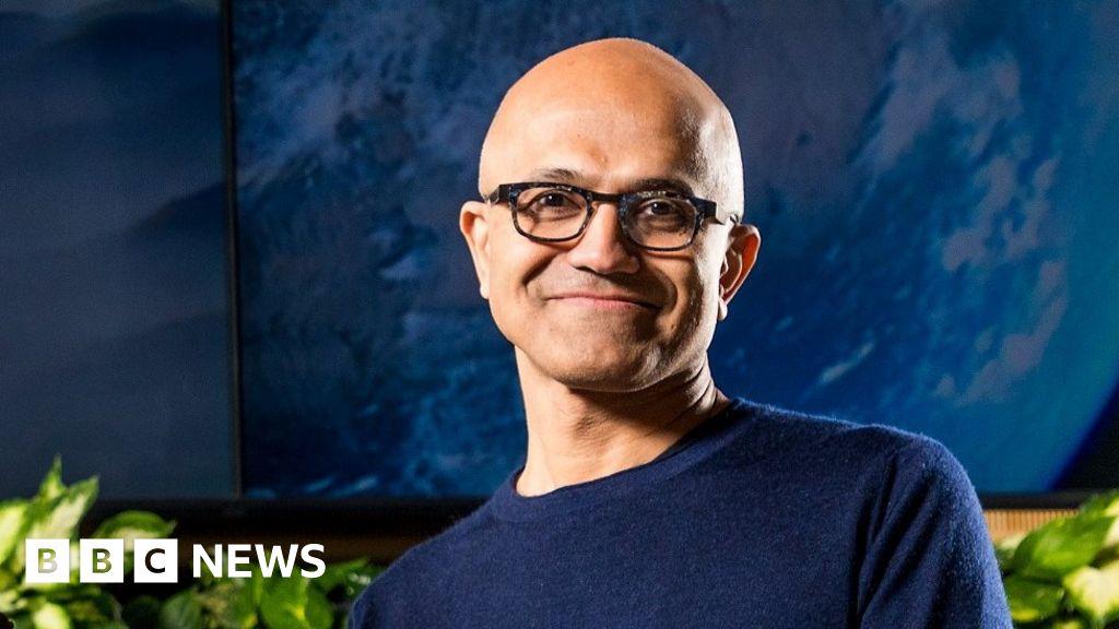 "Microsoft makes carbon-negative"" promise"