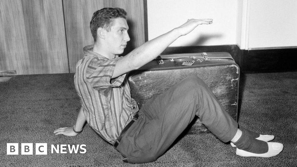 Crate escape: search for the Irishman who sent Brian Robson home