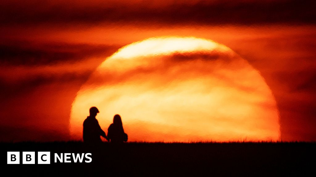 What is the UV-Index is and why it was able to break UK records?