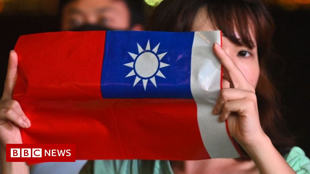 China warns Taiwan independence 'means struggle' as US pledges help