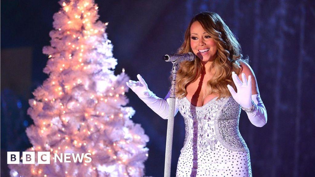 Magic Radio to play non-stop Christmas music - BBC News