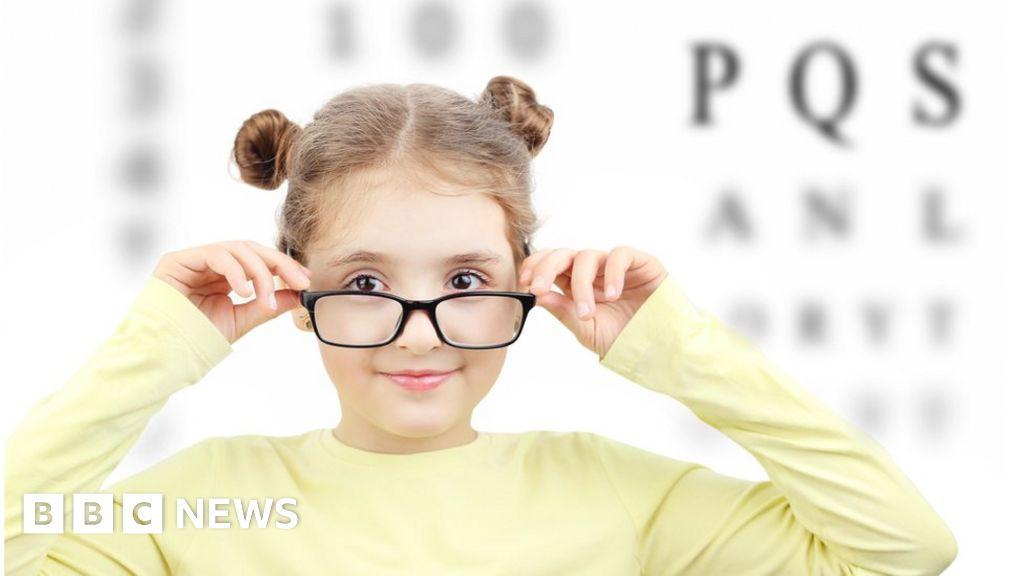 Short-sightedness: Genetic test could help at-risk children