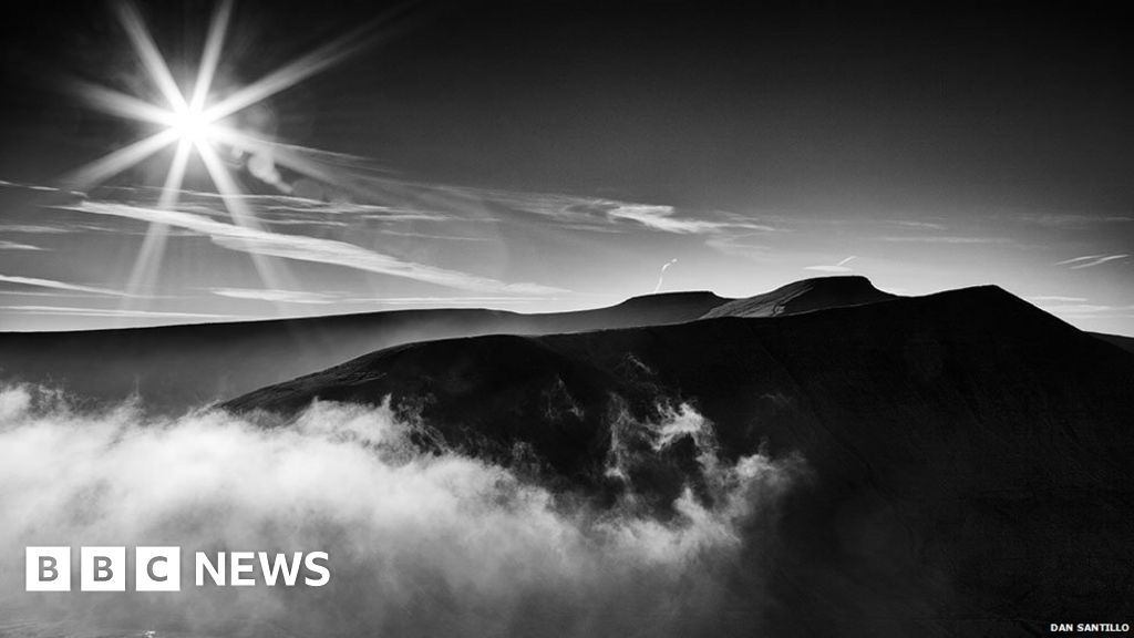 SAS deaths: The savage beauty of the Brecon Beacons - BBC News