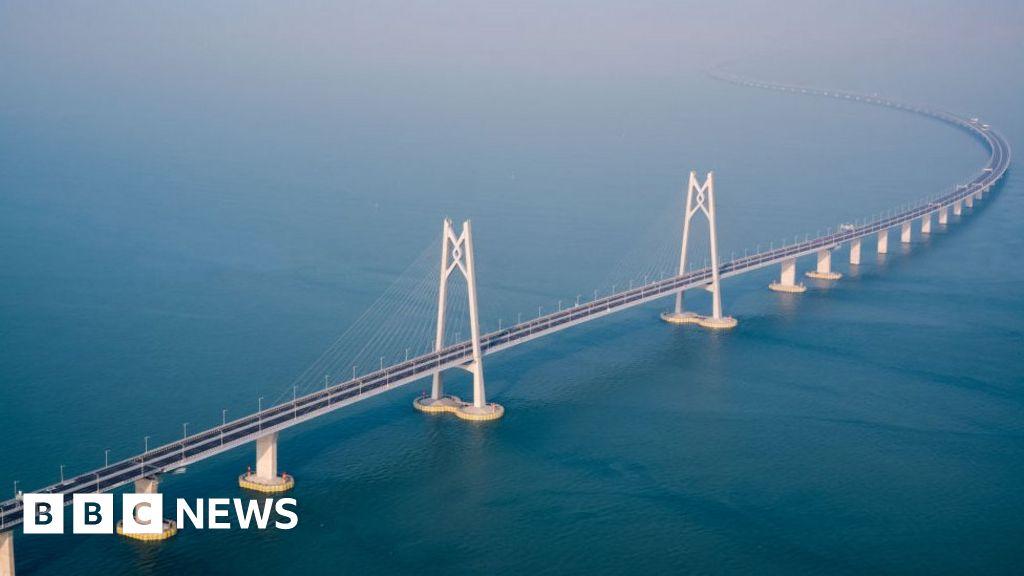 Longest sea-crossing bridge set to open thumbnail