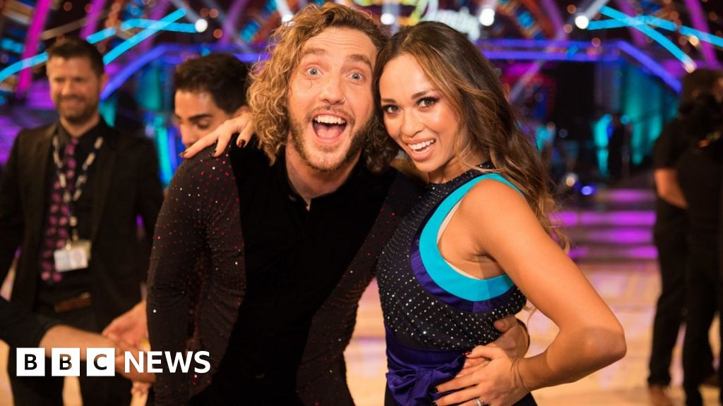 Strictly kiss: Katya was 'in the wrong'