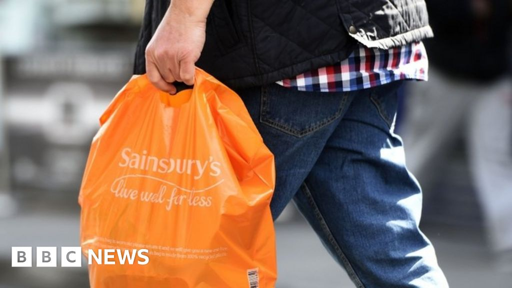 Sainsbury's sees sales surge over Christmas