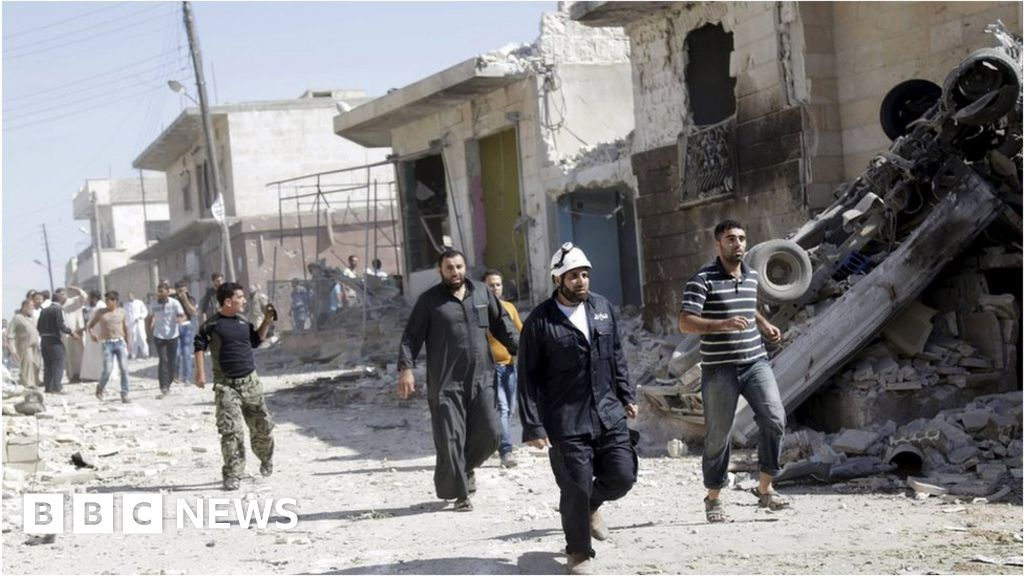 viewpoint west walking into abyss on syria