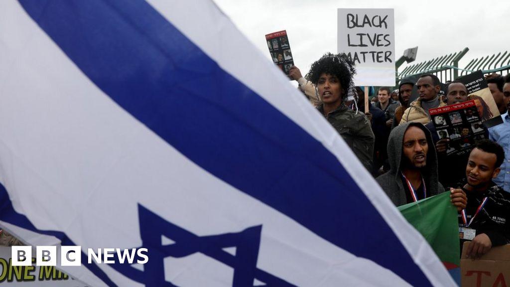 Israel orders African migrants to leave