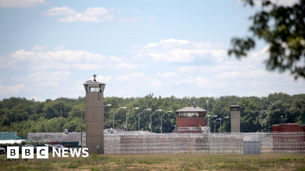 US executes federal inmate for 1994 murder