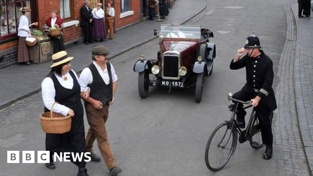 Covid: Peaky Blinders' Black Country Museum is vaccine hub