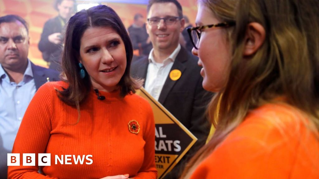 General election 2019: Lib Dems propose £10k 'skills wallet' for all adults