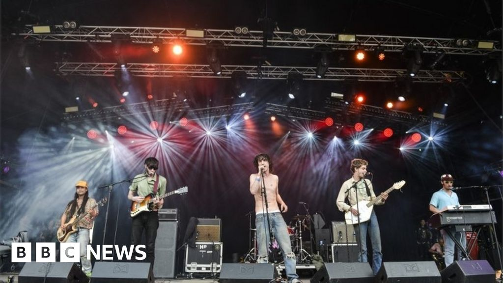 Glastonbury 2019: Bands who called for Tories to be killed booked to perform