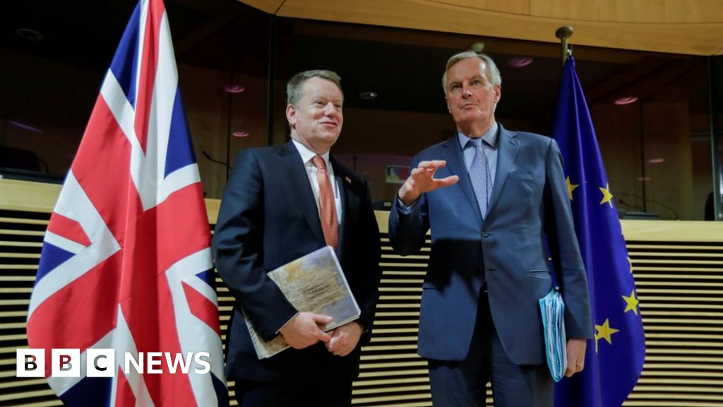 Brexit: UK chief negotiator calls for 'realism' from EU thumbnail