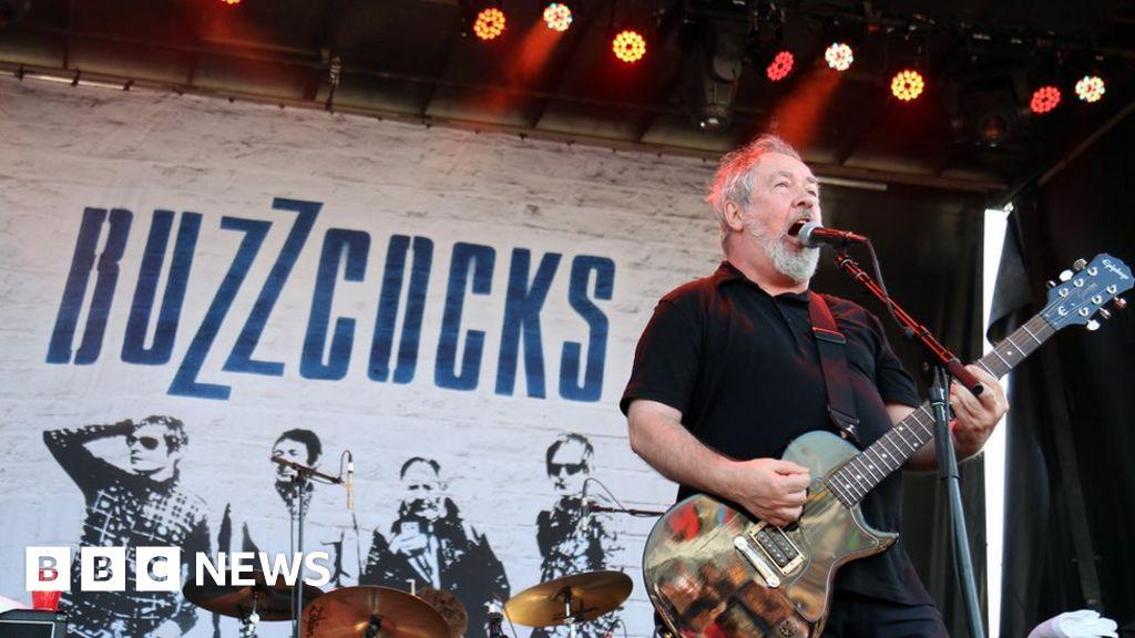 Buzzcock singer Pete Shelley dies at the age of 63