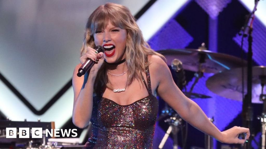 Taylor Swift's record label plans share sale