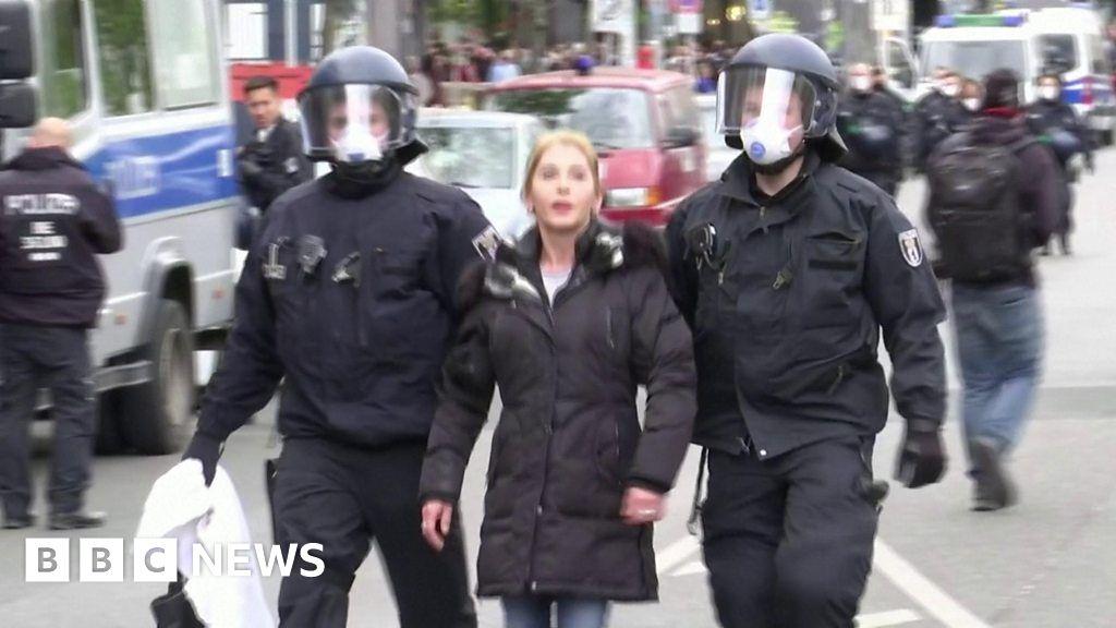 Coronavirus: Berlin March against lockdown measures