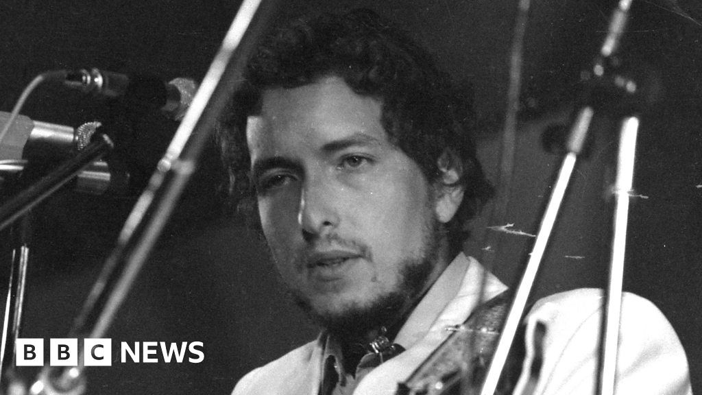 When Bob Dylan played the Isle of Wight Festival in 1969