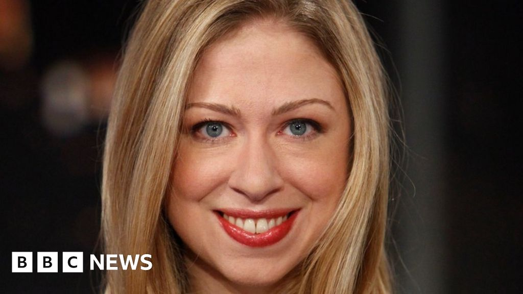 Chelsea Clinton: 'No-one asked dad to change his name' - BBC News
