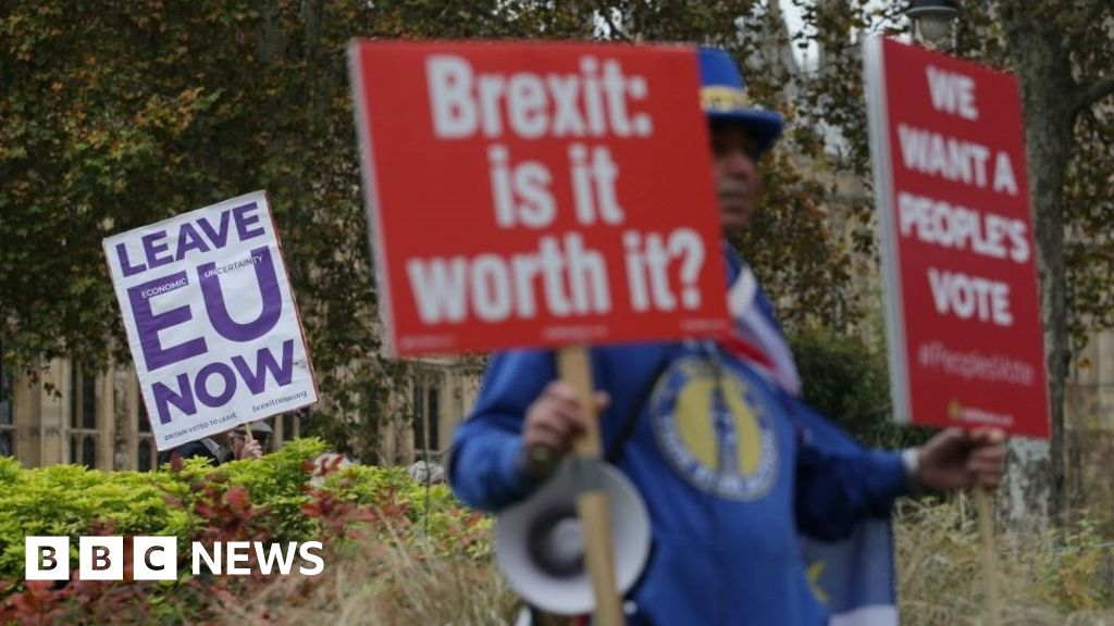 Brexit turmoil: Small businesses 'fed up with the whole thing'