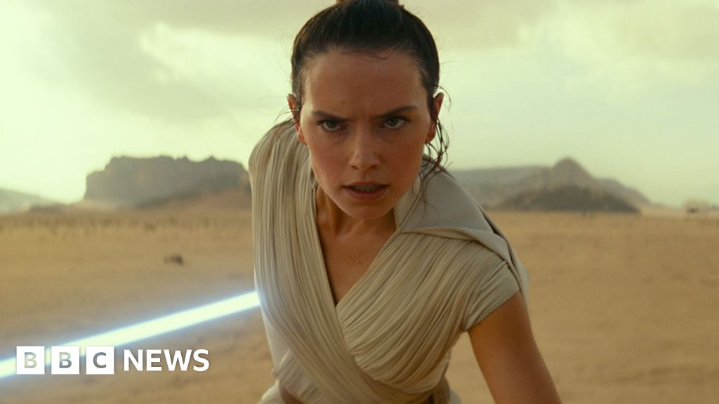 The Rise of Skywalker: Disney cuts Star Wars same-sex kiss in Singapore