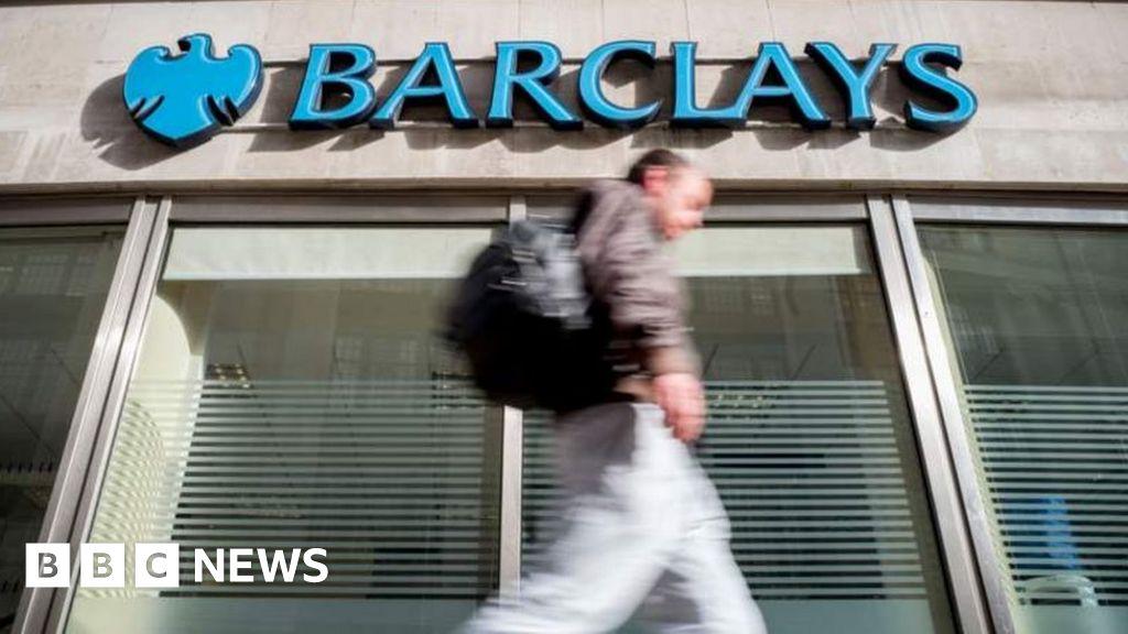 Coronavirus: Banks' top brass forgo bonuses