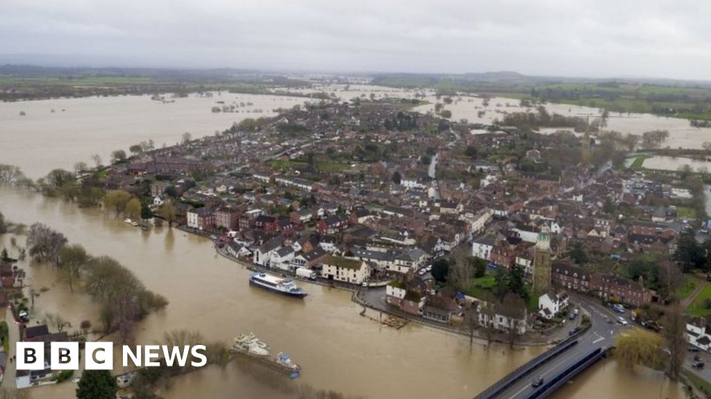 Weather: Parts of UK could see a month's rain in 24 hours amid floods