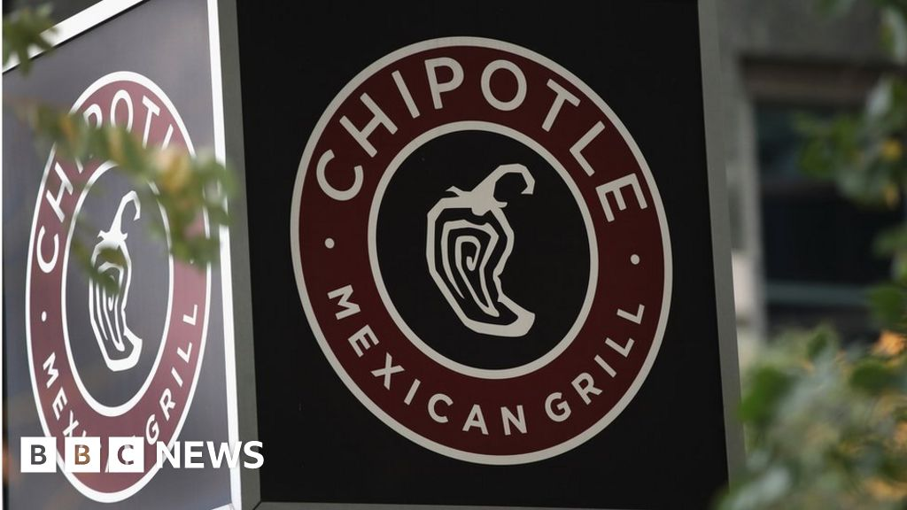 Chipotle names new boss in turnaround bid