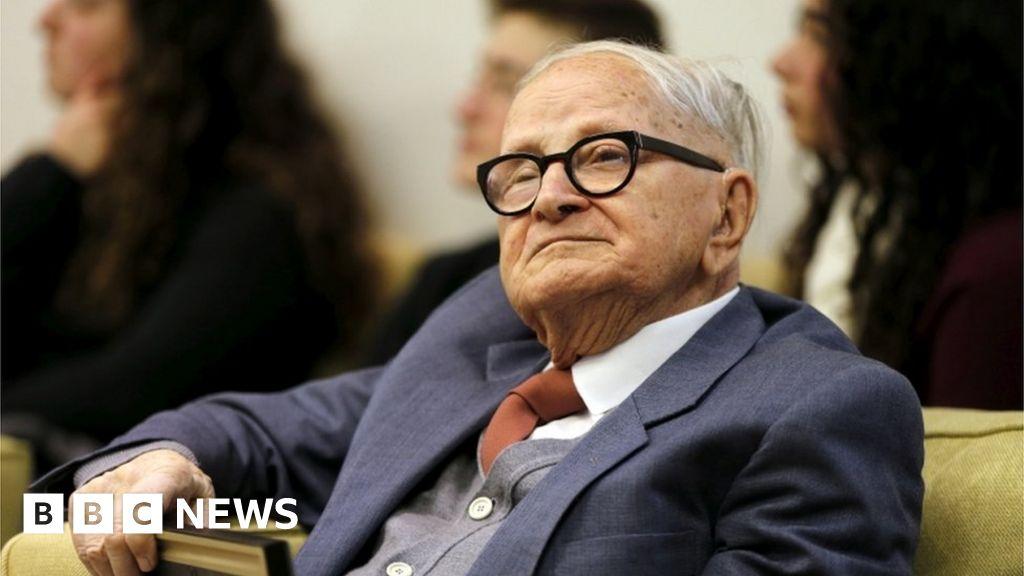 Mossad spy who captured Eichmann dies thumbnail