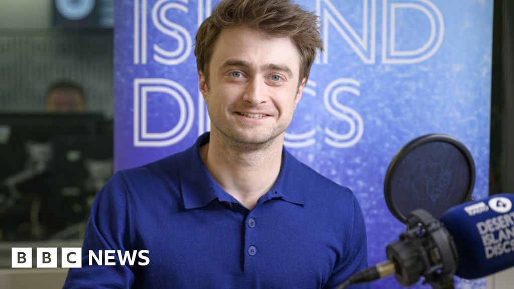 Daniel Radcliffe says that his parents helped him with glory deal